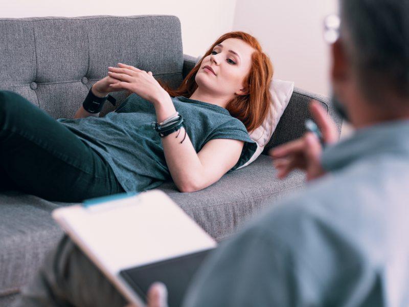 Qu'est-ce que l'Hypnose Humaniste : Une approche thérapeutique bienveillante