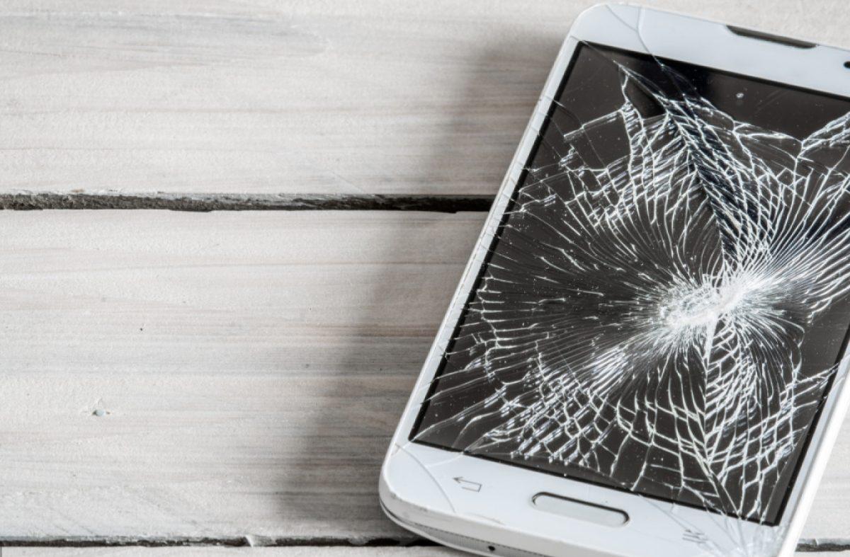 Colle pour écran téléphone portable : que faut-il savoir ?